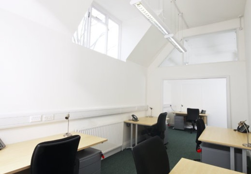 Manfred Road SW15 office space – Private Office (different sizes available)