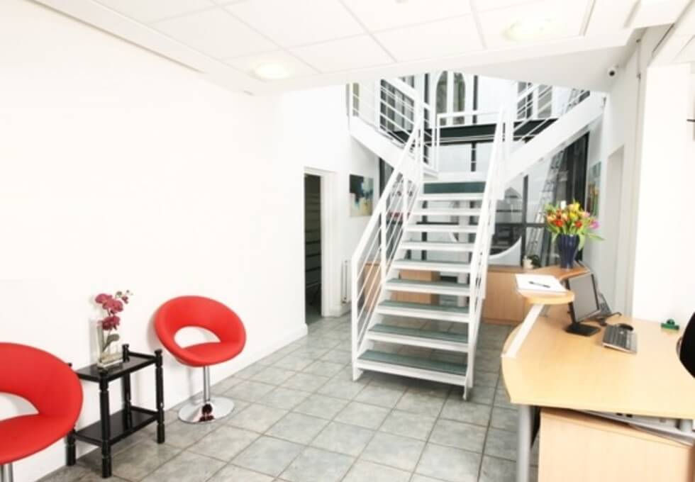 Manfred Road SW15 office space – Reception