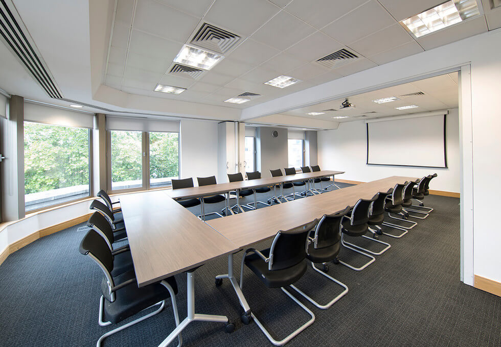 Cannon Street EC4 office space – Meeting/Boardroom