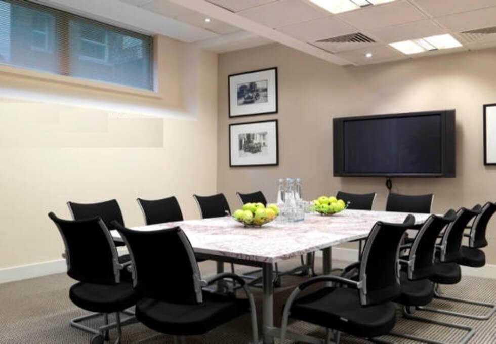 Broadwick Street W1 office space – Meeting/Boardroom
