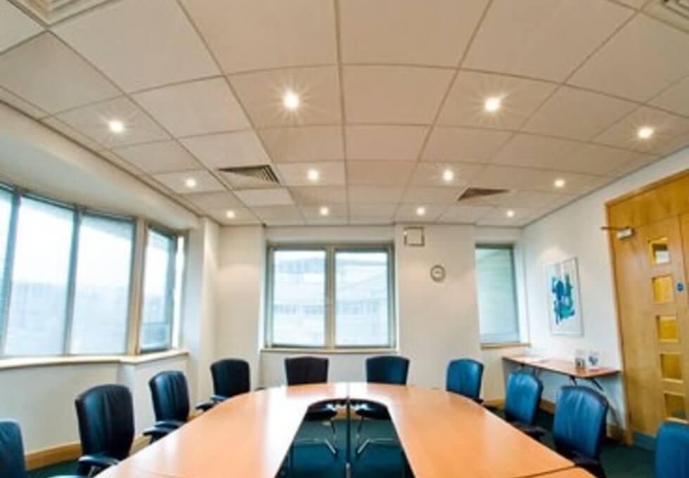 Oxford Road UB8 office space – Meeting/Boardroom
