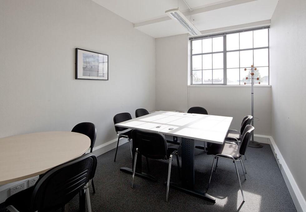 Wharfdale Road WC1 office space – Meeting/Boardroom