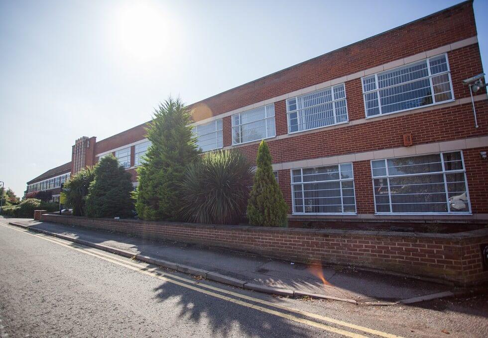 Elstree Way WD6 office space – Building External