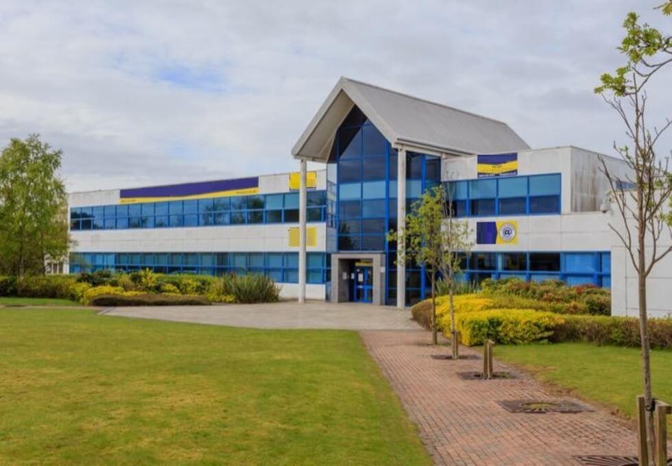 Mitchelston Drive KY1 office space – Building External