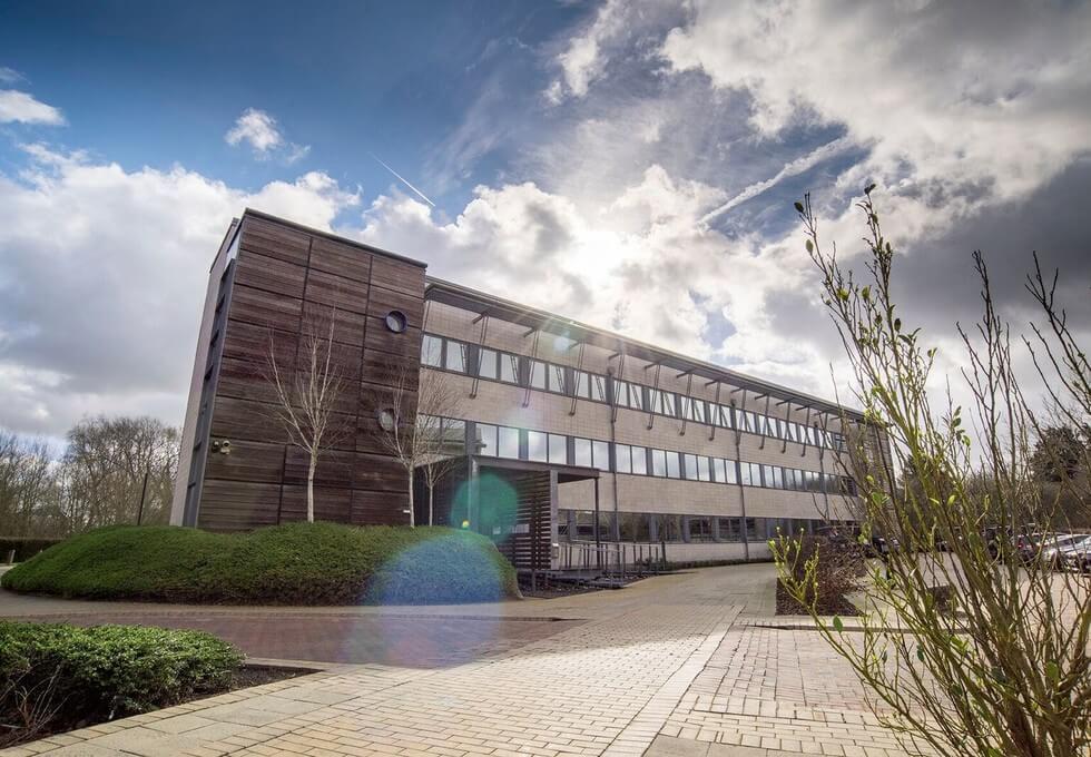 Robert Robinson Avenue OX1 office space – Building External