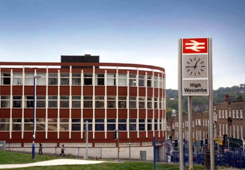 Crendon Street HP10 office space – Building External