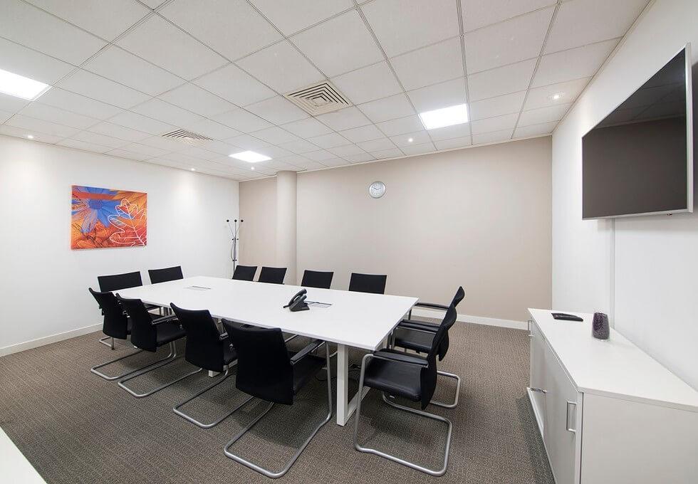 Titan Court AL10 office space – Meeting/Boardroom
