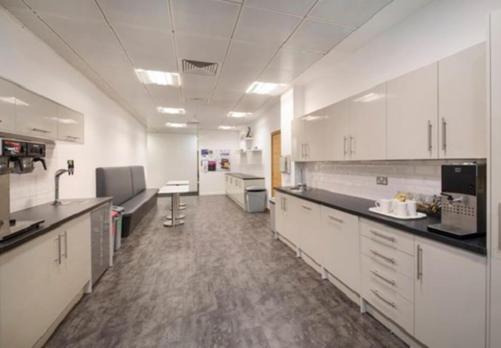 Wellington Place LS1 office space – Kitchen