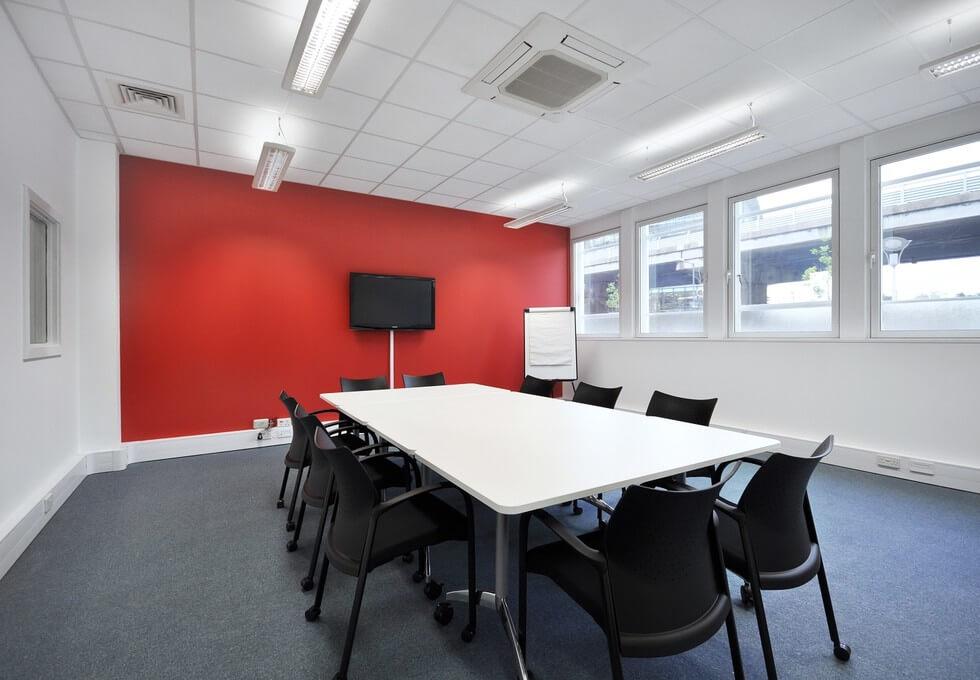 Great West Road TW8 office space – Meeting/Boardroom