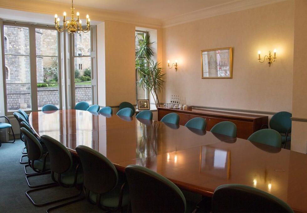 Castle Hill SL4 office space – Meeting/Boardroom
