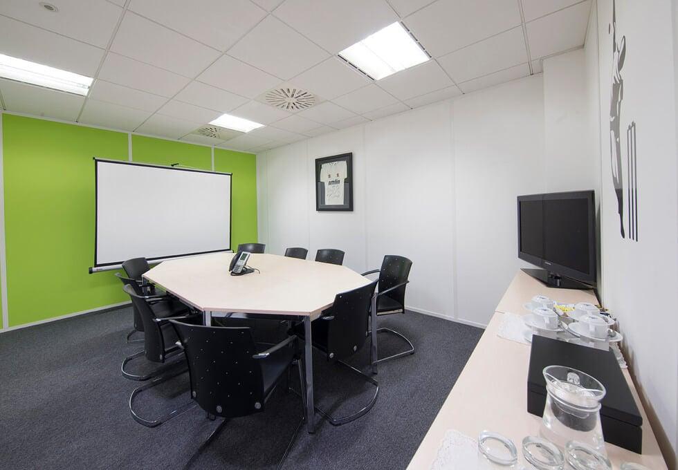 Victoria Road CM1 office space – Meeting/Boardroom