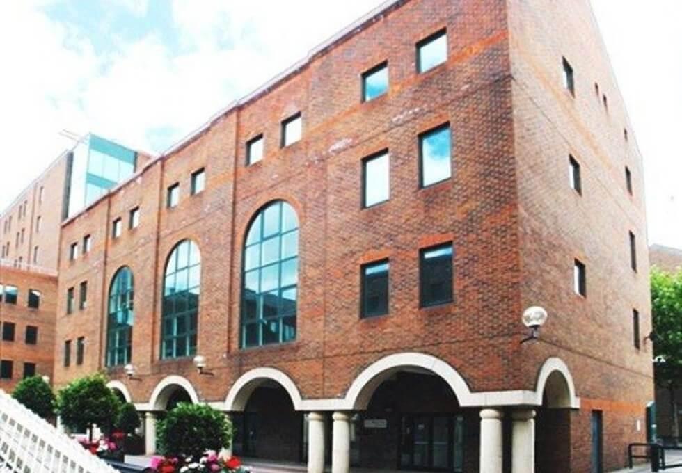 Pepper Street E14 office space – Building External
