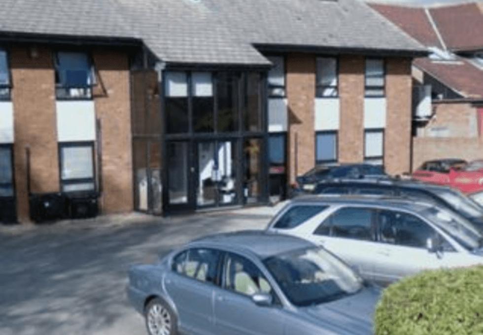 Oakley Road OX39 office space – Building External