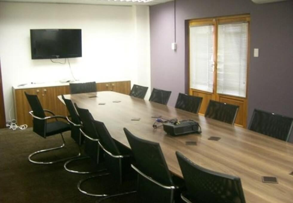 Harmony Row G1 office space – Meeting/Boardroom