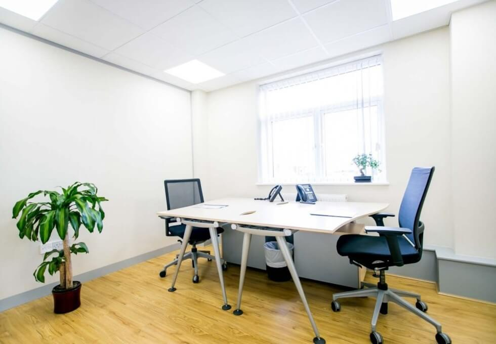 Bunns Lane NW7 office space – Private Office (different sizes available)