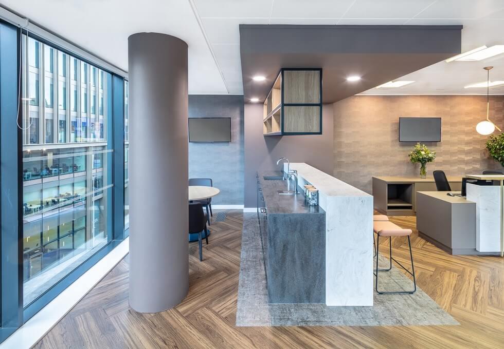 West Regent Street G1 office space – Kitchen