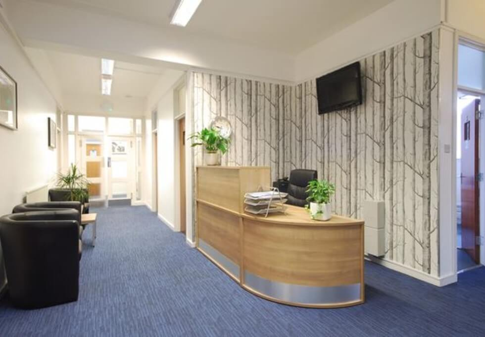 Falcon Road SW2 office space – Reception
