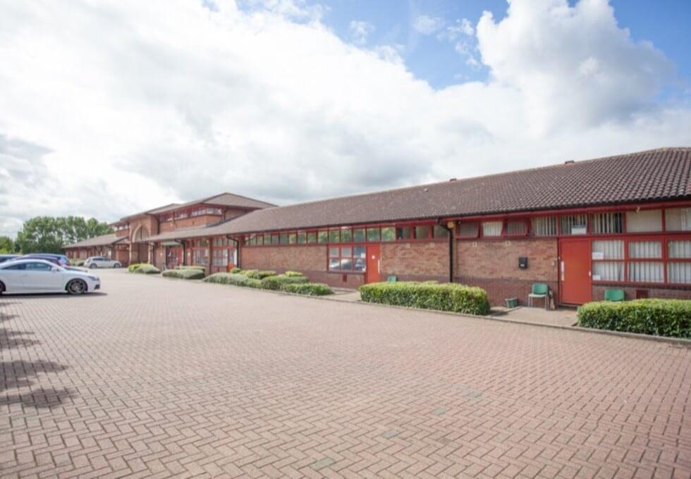 Cochran Close MK1 office space – Building External