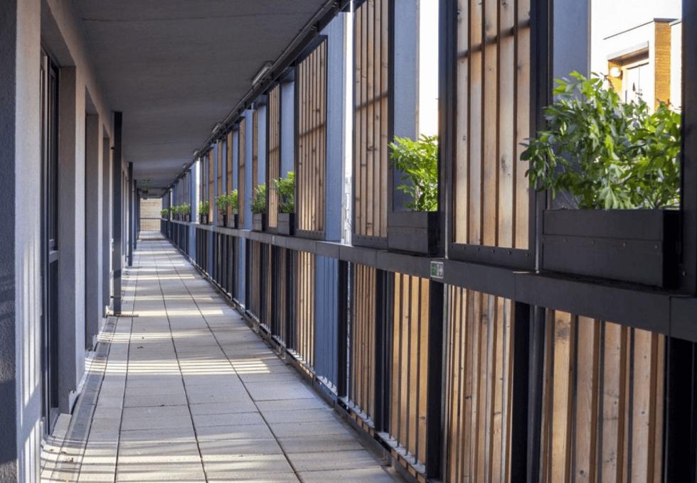 Honeypot Lane HA7 office space – Outdoor Area