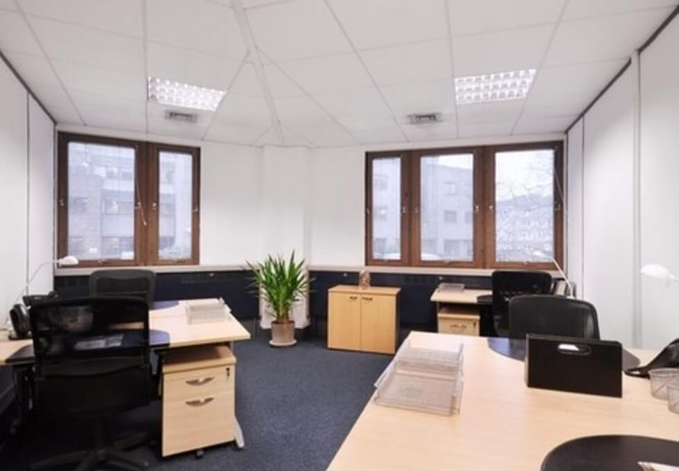 Ashley Avenue KT17 office space – Private Office (different sizes available)