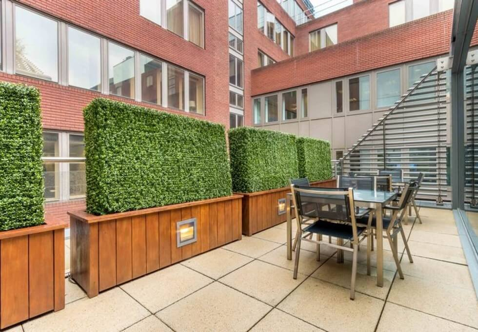 Dover Street W1 office space – Outdoor Area