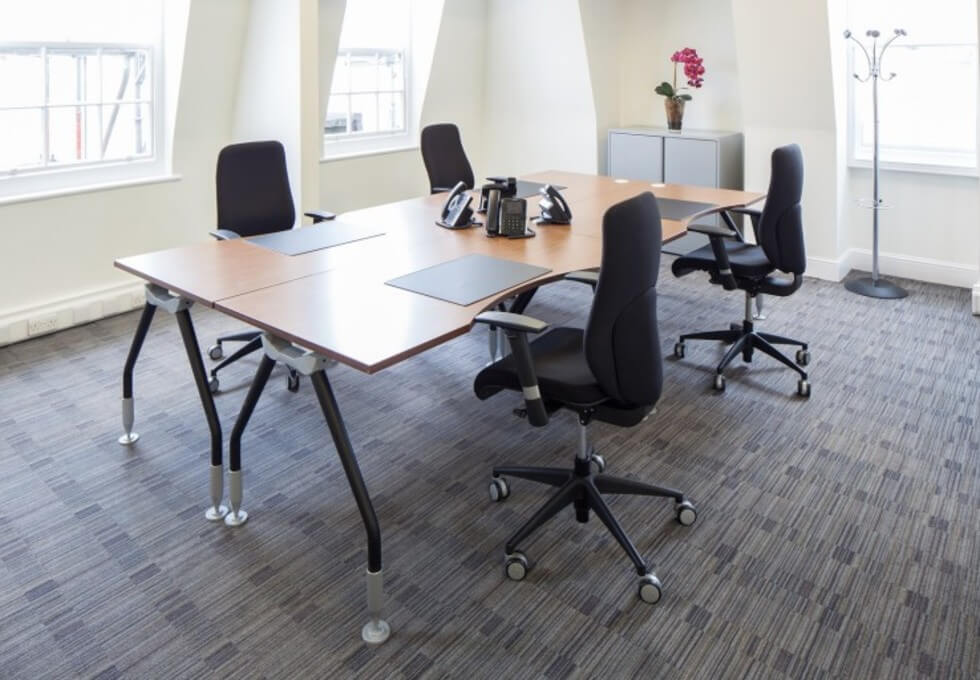 Grosvenor Street W1 office space – Private Office (different sizes available)