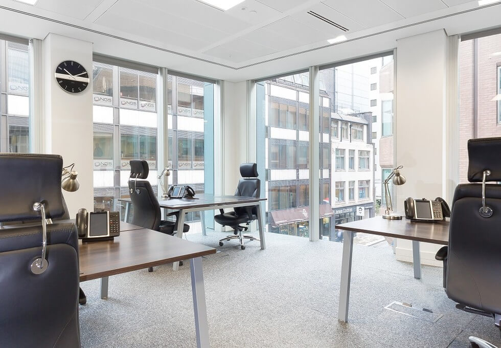Bevis Marks E1 office space – Private Office (different sizes available)
