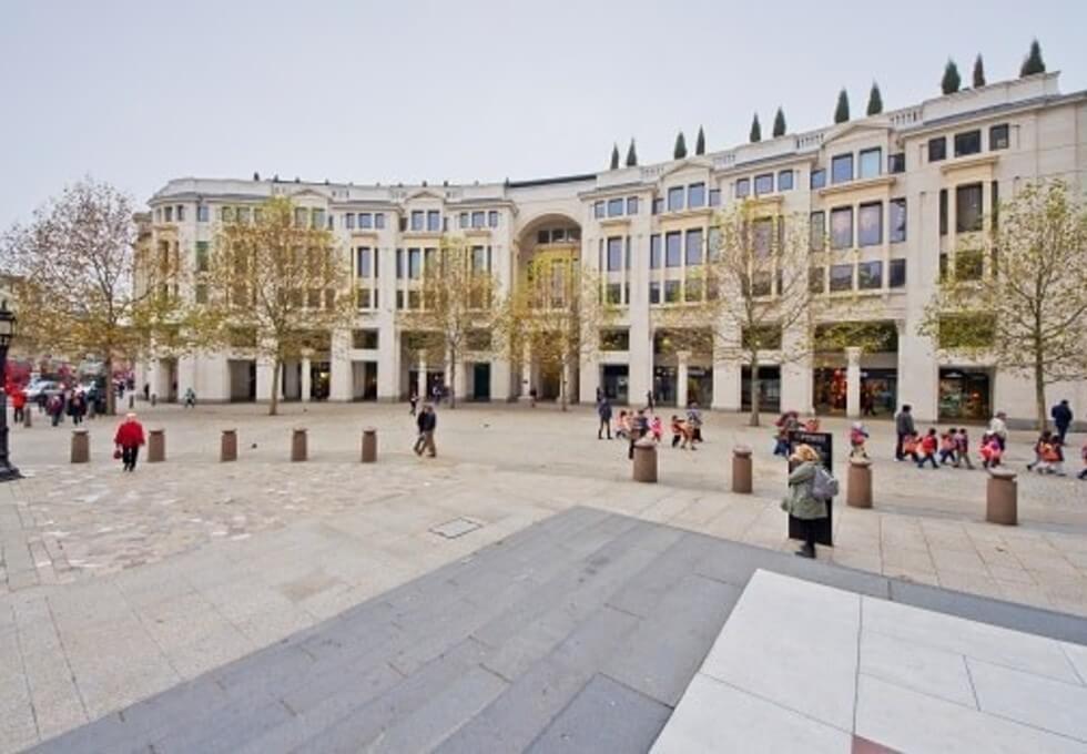 St Paul's Churchyard EC1 office space – Building External