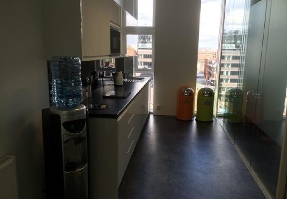 Bedford Road NN1 - NN6 office space – Kitchen