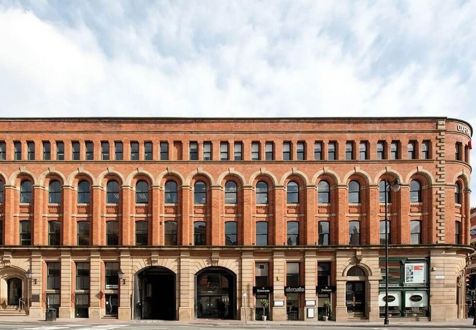 Portland Street M1 office space – Building External