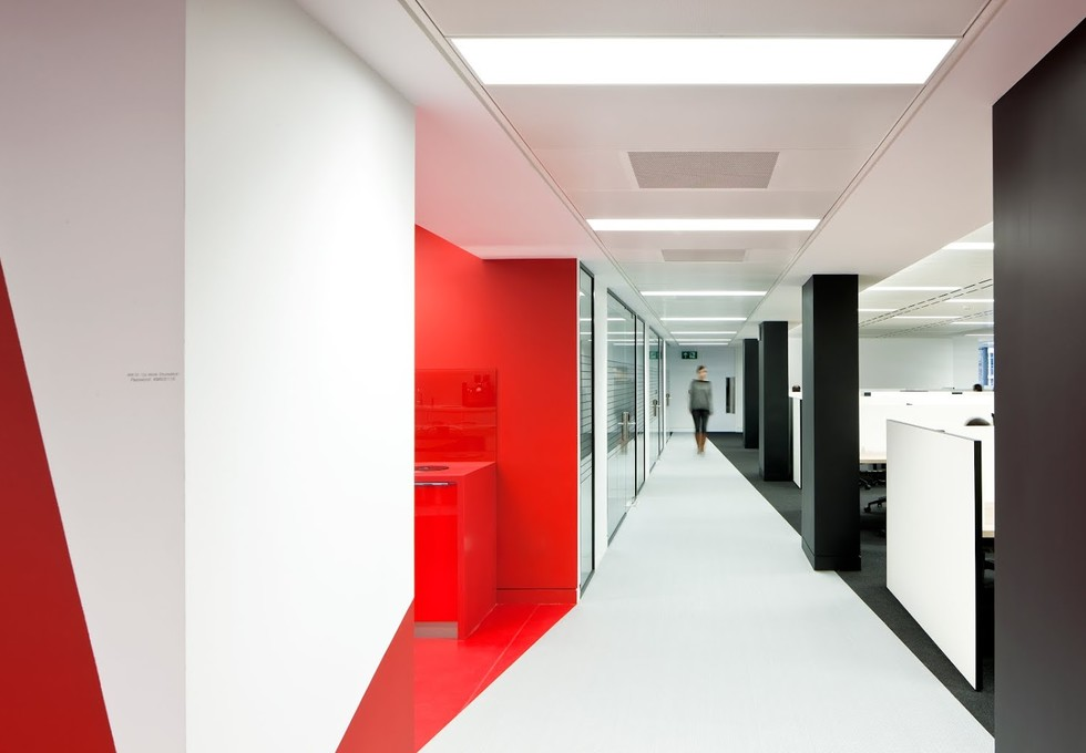 Finsbury Square EC2 office space – Hallway