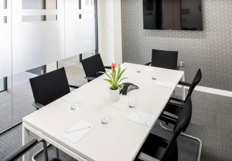 St Marys Axe EC2 office space – Meeting/Boardroom