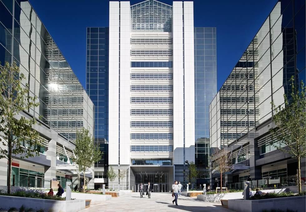 Thomas More Street E1 office space – Building External
