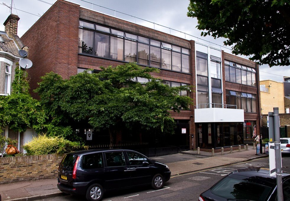 Heighham Road E6 office space – Building External