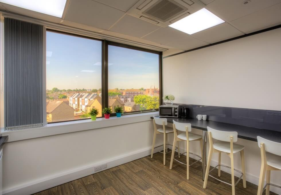 Baddow Road CM1 office space – Kitchen