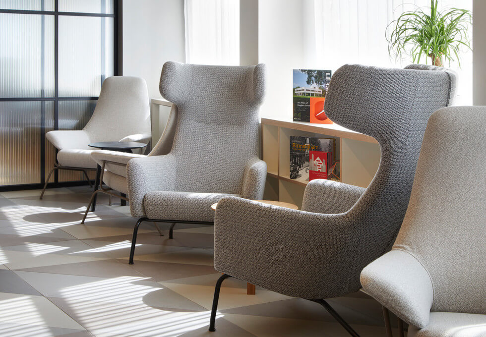 Suffolk Street Queensway B1 office space – Break Out Area
