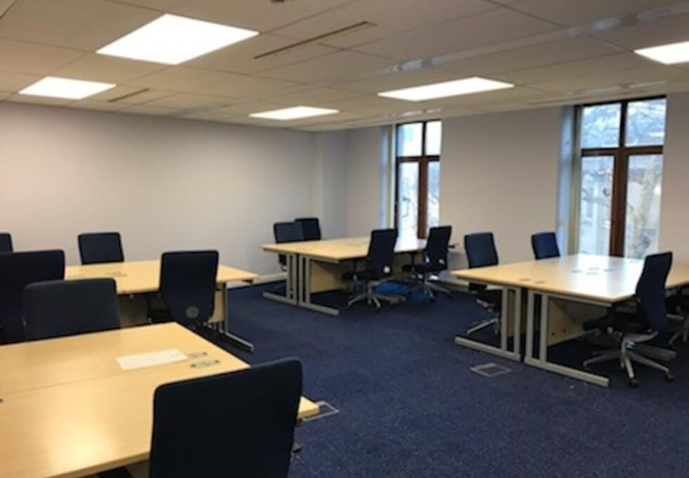 Charing Cross Road WC2 office space – Private Office (different sizes available)