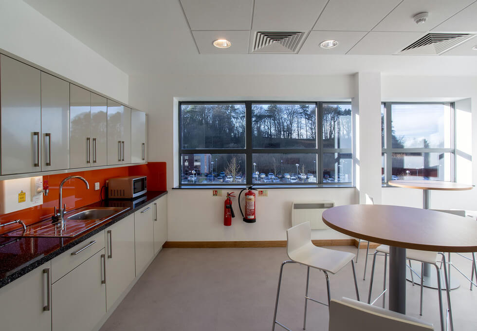 Lake View Drive NG1 office space – Kitchen