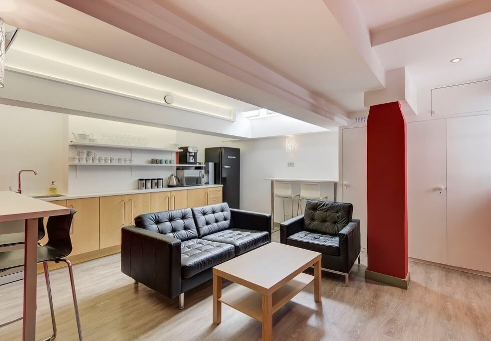 Old Queen Street SW1 office space – Kitchen