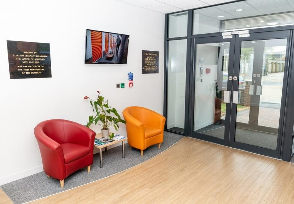 Wotton Road TN23 - TN25 office space – Foyer