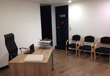 Station Road HA8 office space – Private office (different sizes available)