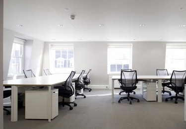 Stratford Place W1K office space – Private office (different sizes available)