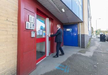 Morden Road CR4 office space – Building external