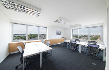 Hammersmith Grove W6 office space – Private Office (different sizes available)