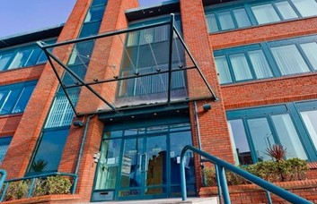 Stoke Road SL1 office space – Building External