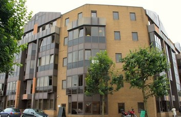 Tiller Road E14, E16 office space – Building External