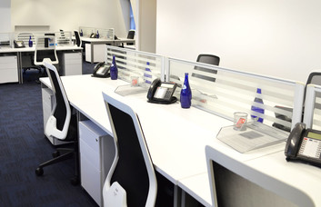 Royal Exchange Avenue EC1 office space – Private Office (different sizes available).