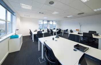 Herald Way DE74 office space – Private Office (different sizes available).
