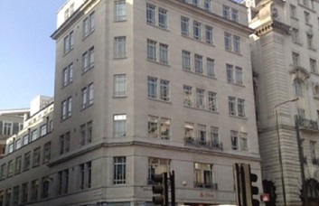 Piccadilly W1 office space – Building External