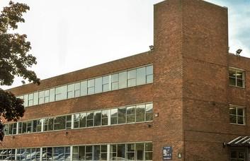 Priestley Road RG21 office space – Building External